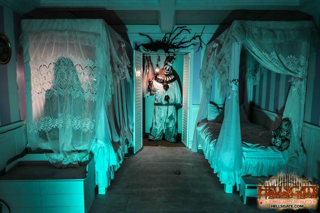 for 13th door haunted house