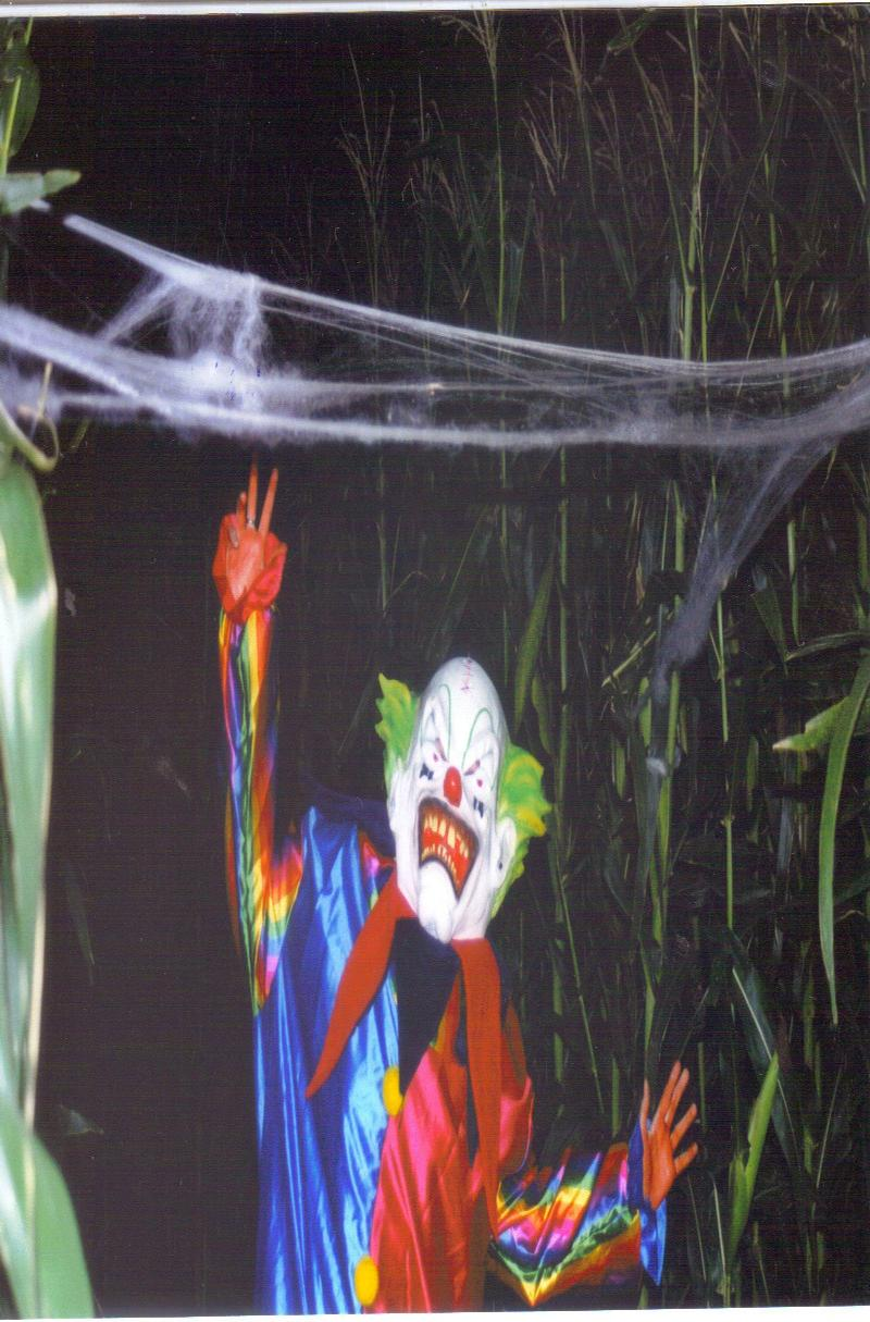clown in haunted maze